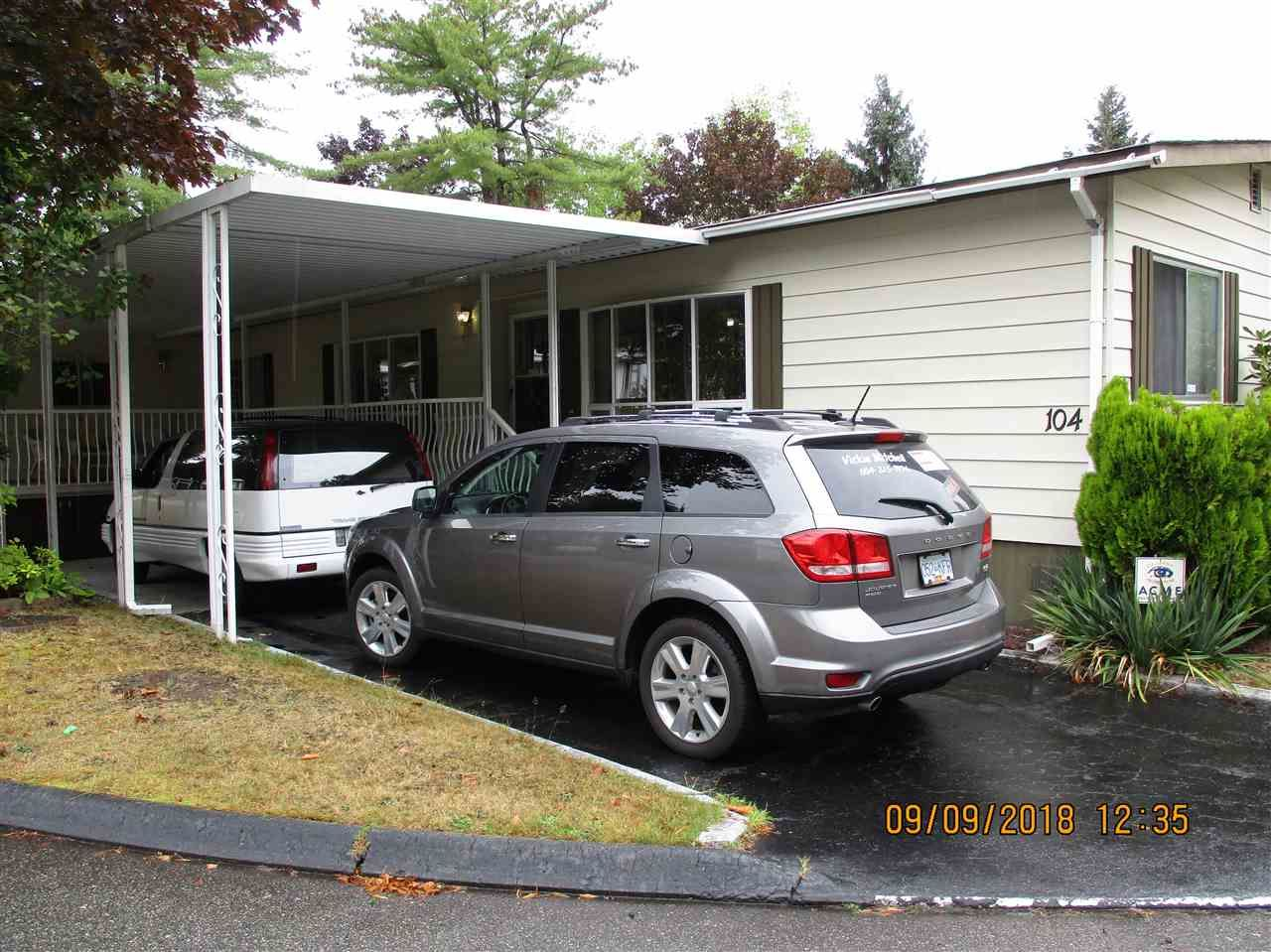 """Photo 19: Photos: 104 7850 KING GEORGE Boulevard in Surrey: East Newton Manufactured Home for sale in """"BEAR CREEK GLEN"""" : MLS®# R2306546"""