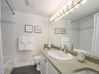 """Photo 12: 206 688 E 16TH Avenue in Vancouver: Fraser VE Condo for sale in """"VINTAGE EASTSIDE"""" (Vancouver East)  : MLS®# R2189577"""