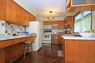 Photo 5: 2954 DOLLARTON Highway in North Vancouver: Home for sale : MLS®# V1077194