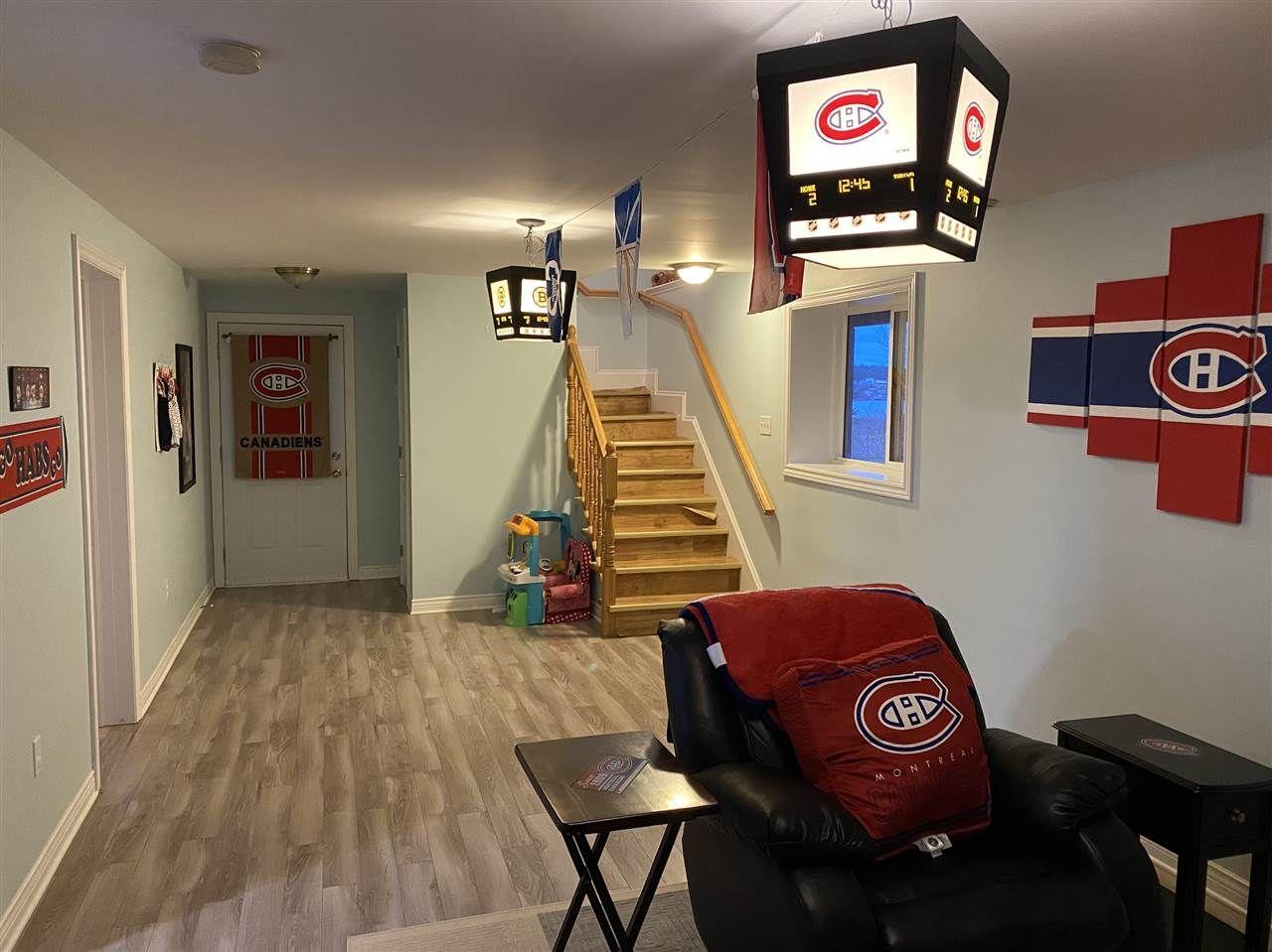 Photo 12: Photos: 7327 Main Street in Louisbourg: 206-Louisbourg Residential for sale (Cape Breton)  : MLS®# 202025505