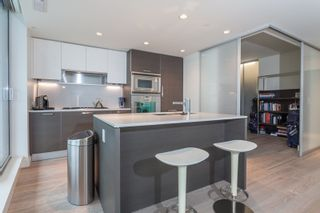 """Photo 11: 1501 1499 W PENDER Street in Vancouver: Coal Harbour Condo for sale in """"WEST PENDER PLACE"""" (Vancouver West)  : MLS®# R2057520"""