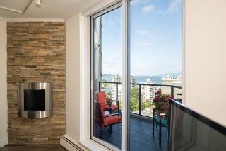 """Photo 7: 1703 1010 BURNABY Street in Vancouver: West End VW Condo for sale in """"The Ellington"""" (Vancouver West)  : MLS®# R2602779"""