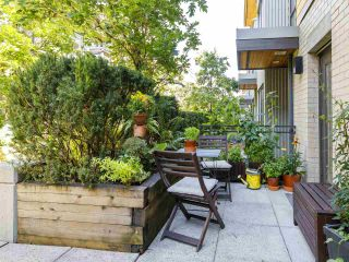 """Photo 2: 3790 COMMERCIAL Street in Vancouver: Victoria VE Townhouse for sale in """"BRIX"""" (Vancouver East)  : MLS®# R2487302"""