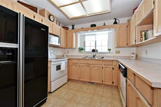"""Photo 6: 12 2988 HORN Street in Abbotsford: Central Abbotsford Townhouse for sale in """"CREEKSIDE PARK"""" : MLS®# R2590277"""