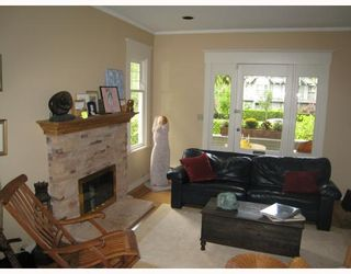 Photo 2: 1996 W 13TH Avenue in Vancouver: Kitsilano House for sale (Vancouver West)  : MLS®# V730846