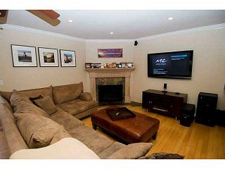 Photo 7: PACIFIC BEACH Townhouse for sale : 3 bedrooms : 856 Diamond Street in San Diego