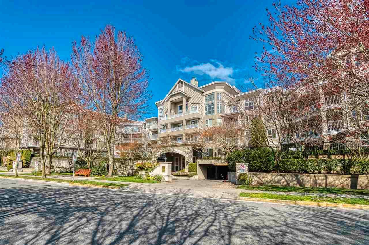Main Photo: 319 5888 DOVER Crescent in Richmond: Riverdale RI Condo for sale : MLS®# R2561298