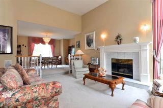 """Photo 3: 13669 58 Avenue in Surrey: Panorama Ridge House for sale in """"Panorama"""" : MLS®# R2073217"""