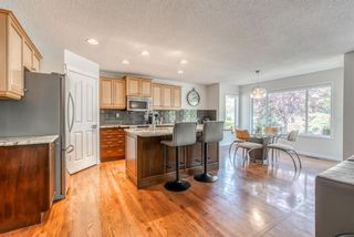 Photo 8: 7760 Springbank Way SW in Calgary: Springbank Hill Detached for sale : MLS®# A1132357