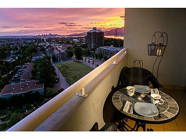Main Photo: # 1208 3920 HASTINGS ST in Burnaby: Willingdon Heights Condo for sale (Burnaby North)  : MLS®# V1068978