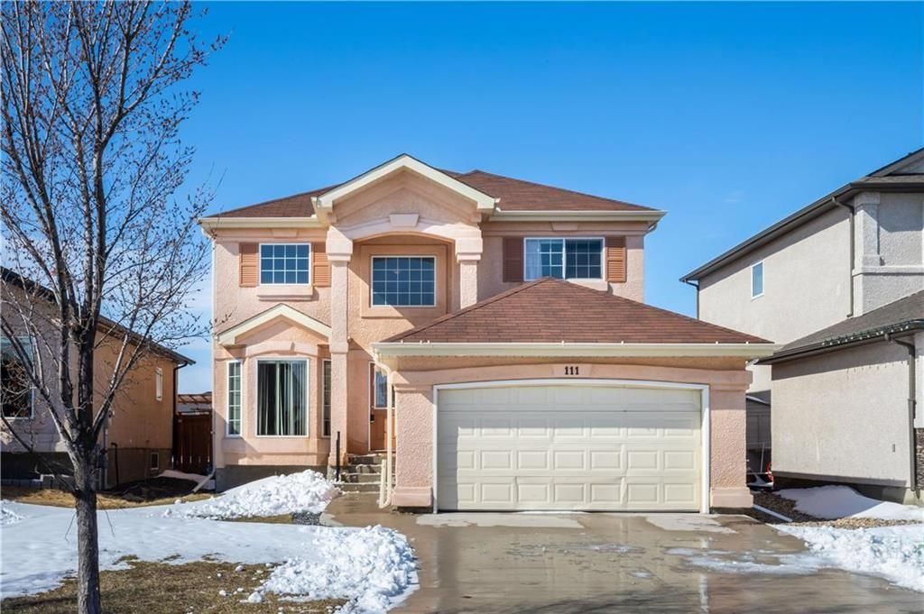 Main Photo: 111 Caribou Crescent in Winnipeg: Waverley West Residential for sale (1R)  : MLS®# 202109006