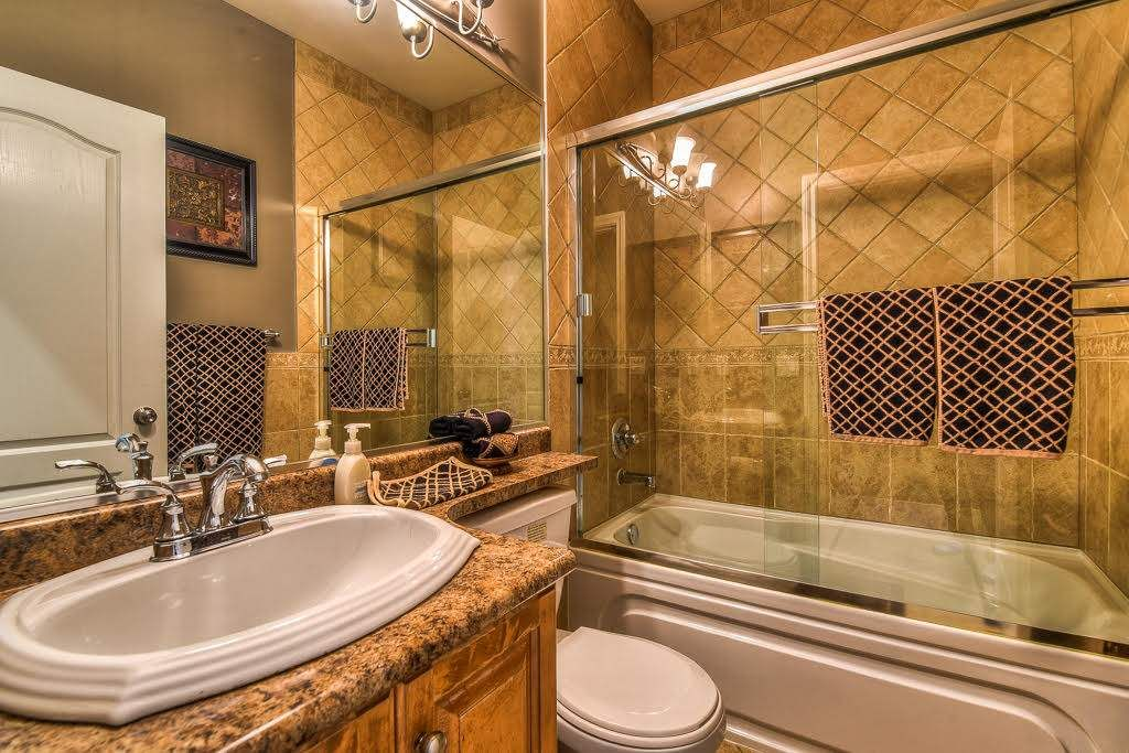 Photo 12: Photos: 15927 89A Avenue in Surrey: Fleetwood Tynehead House for sale : MLS®# R2228908