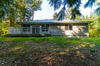 Photo 3: 26562 REYNOLDS Road in Hope: Hope Center House for sale : MLS®# R2504768