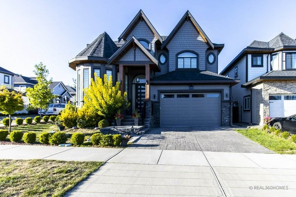 Main Photo: 14929 69A Avenue in Surrey: West Newton House for sale : MLS®# R2497912