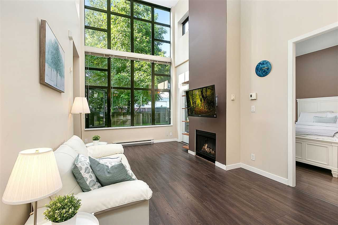 """Main Photo: TH4 2355 MADISON Avenue in Burnaby: Brentwood Park Townhouse for sale in """"OMA 1"""" (Burnaby North)  : MLS®# R2391601"""