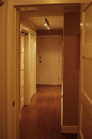 Photo 6: 203 137 W 17th Street in The Westgate: Home for sale