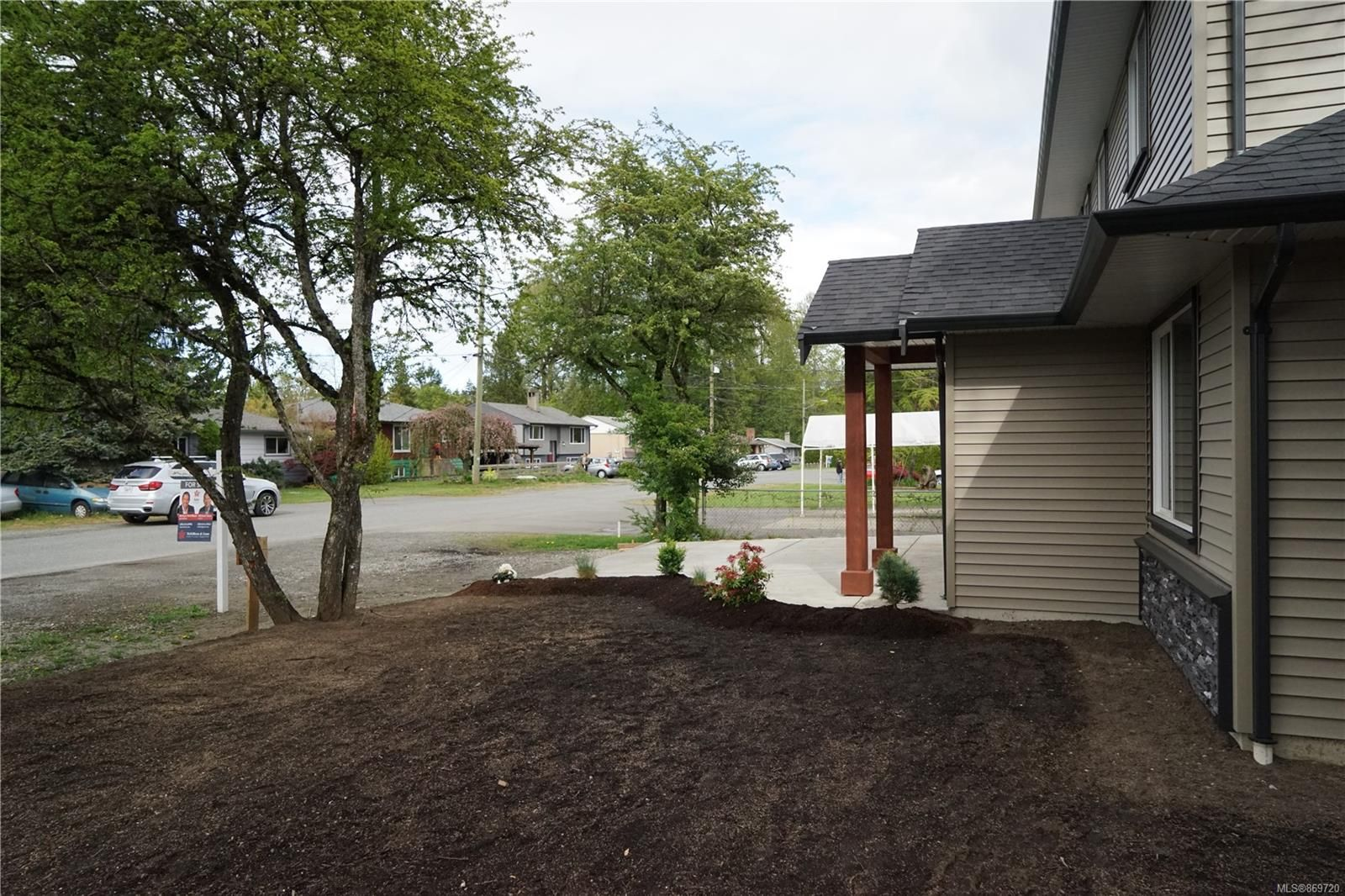 Photo 5: Photos: 770 Bruce Ave in : Na South Nanaimo House for sale (Nanaimo)  : MLS®# 869720