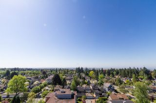 Photo 18: 1202 5955 BALSAM Street in Vancouver West: Home for sale : MLS®# V1035156
