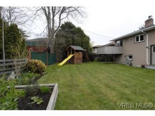 Photo 18: 1694 North Dairy Rd in VICTORIA: SE Camosun House for sale (Saanich East)  : MLS®# 530311