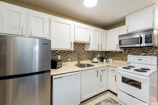 Photo 5: 406 139 St Lawrence Court in Saskatoon: River Heights SA Residential for sale : MLS®# SK858417