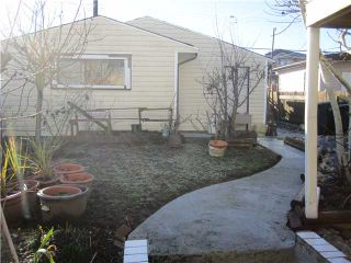 Photo 8: 4422 TRIUMPH Street in Burnaby: Vancouver Heights House for sale (Burnaby North)  : MLS®# V867212