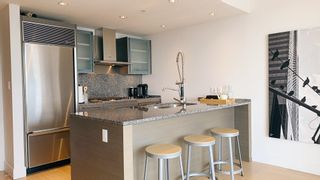 """Photo 9: 3307 1111 ALBERNI Street in Vancouver: West End VW Condo for sale in """"Shangri-la residence"""" (Vancouver West)  : MLS®# R2614231"""