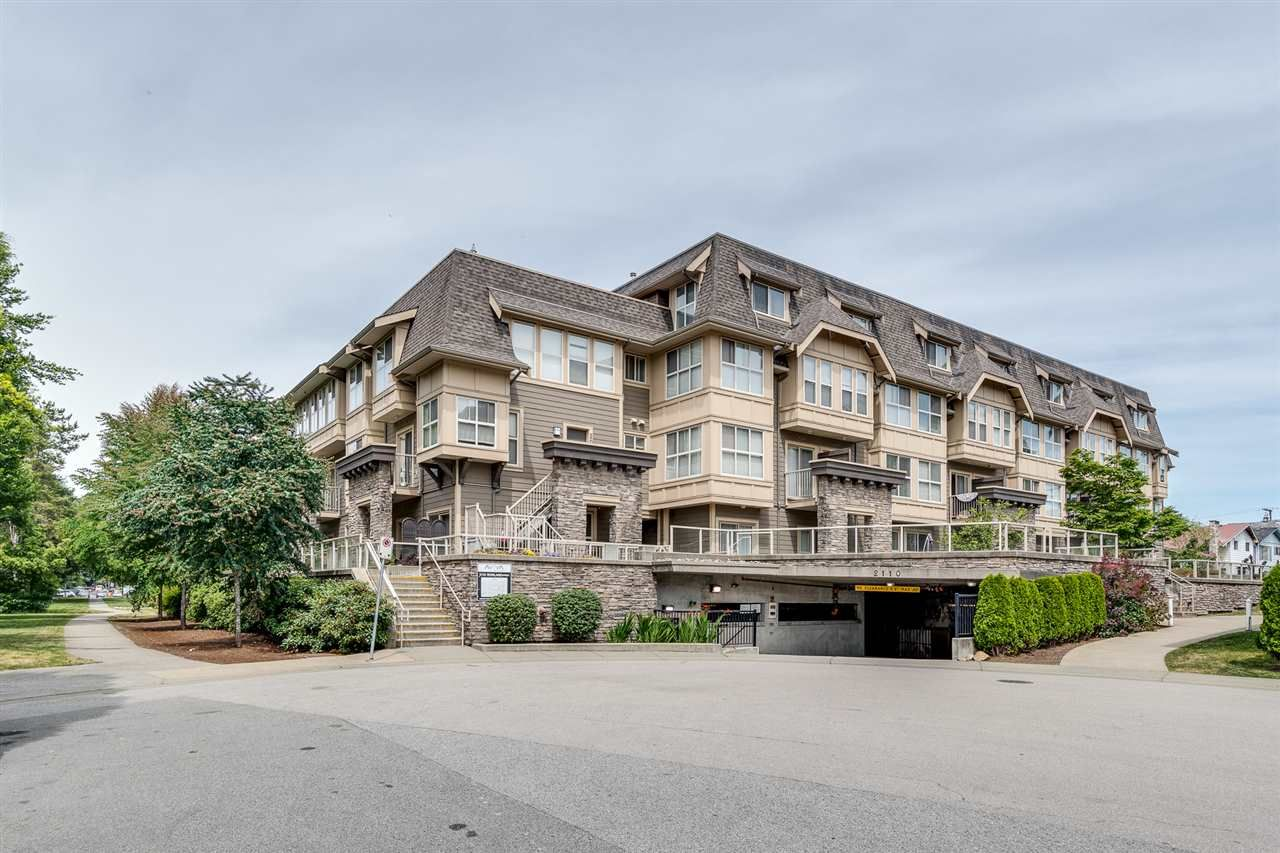 "Main Photo: 208 2110 ROWLAND Street in Port Coquitlam: Central Pt Coquitlam Townhouse for sale in ""Aviva on the Park"" : MLS®# R2442620"