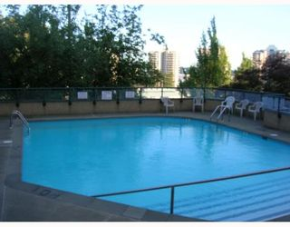 """Photo 6: 1201 1026 QUEENS Avenue in New_Westminster: Uptown NW Condo for sale in """"AMERA TERRACE"""" (New Westminster)  : MLS®# V774407"""