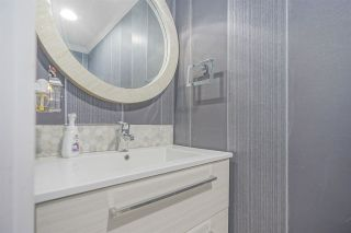 """Photo 11: 3490 NAIRN Avenue in Vancouver: Champlain Heights Townhouse for sale in """"COUNTRY LANE"""" (Vancouver East)  : MLS®# R2419271"""