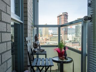 """Photo 16: 2005 63 KEEFER Place in Vancouver: Downtown VW Condo for sale in """"EUROPA"""" (Vancouver West)  : MLS®# R2039893"""