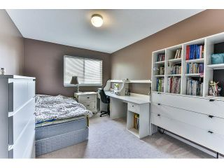 """Photo 16: 162 15501 89A Avenue in Surrey: Fleetwood Tynehead Townhouse for sale in """"AVONDALE"""" : MLS®# R2058419"""