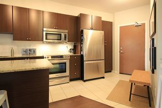 """Photo 5: 105 285 ROSS Drive in New Westminster: Fraserview NW Condo for sale in """"THE GROVE AT VICTORIA HILL"""" : MLS®# R2161578"""