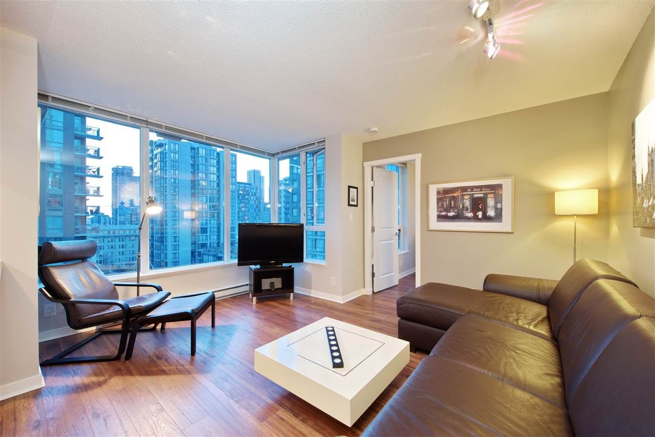 "Main Photo: 1008 1001 RICHARDS Street in Vancouver: Downtown VW Condo for sale in ""THE MIRO"" (Vancouver West)  : MLS®# R2394358"