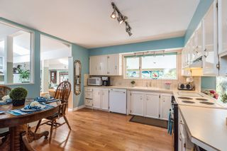 Photo 5: 56 WagonWheel Cres in Langley: Home for sale : MLS®# R2212194