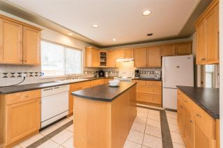 Photo 8: 16815 61 Avenue in Surrey: Cloverdale BC House for sale (Cloverdale)  : MLS®# R2263335