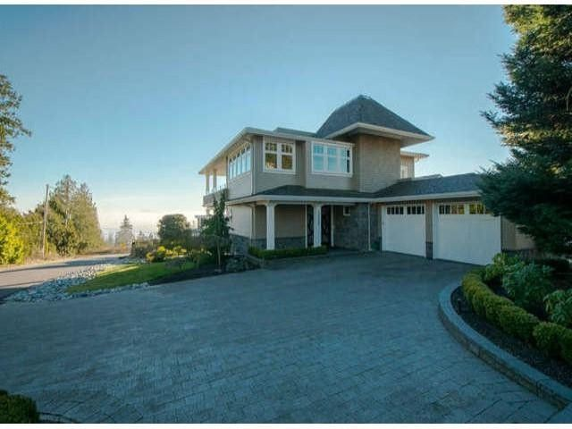 Main Photo: 13590 MARINE DR in Surrey: Crescent Bch Ocean Pk. House for sale (South Surrey White Rock)  : MLS®# F1401186