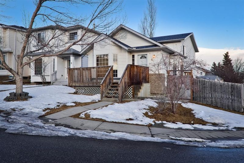 FEATURED LISTING: 4 Harvest Gold Heights Northeast Calgary