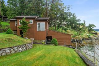 Photo 5: 7290 Mark Lane in Central Saanich: CS Willis Point House for sale : MLS®# 842269