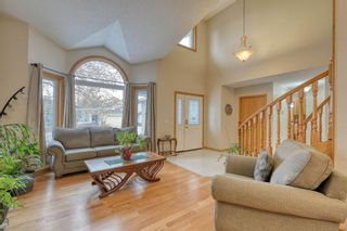 Photo 3: 112 Hampshire Close NW in Calgary: Hamptons Residential for sale : MLS®# A1051810