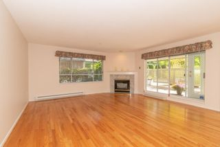 """Photo 3: 111 3670 BANFF Court in North Vancouver: Northlands Condo for sale in """"PARKGATE MANOR"""" : MLS®# R2617167"""