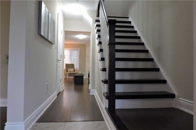 Photo 11: Photos: 329 Howard Crescent: Orangeville House (2-Storey) for sale : MLS®# W3903586