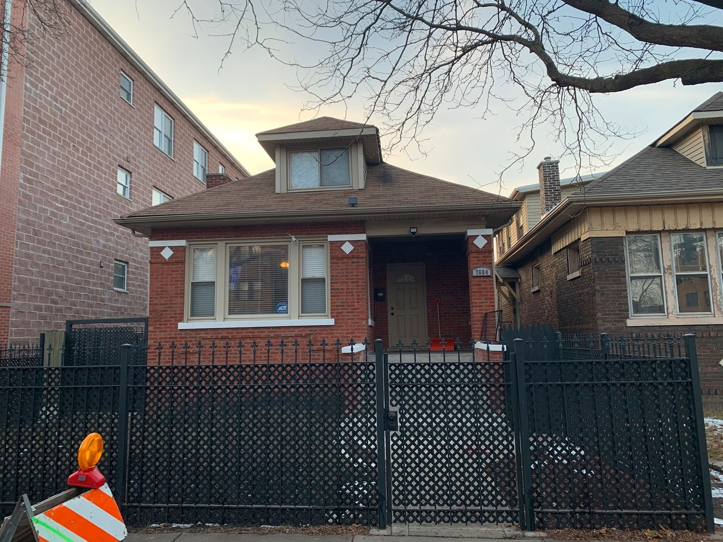 Main Photo: 7604 S Yates Boulevard in Chicago: CHI - South Shore Residential for sale ()  : MLS®# 11112440