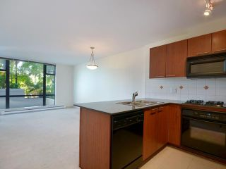Photo 3: 412 5933 COONEY Road in Richmond: Brighouse Condo for sale : MLS®# V952713