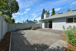 """Photo 10: 7 824 NORTH Road in Gibsons: Gibsons & Area Townhouse for sale in """"Twin Oaks"""" (Sunshine Coast)  : MLS®# R2607864"""