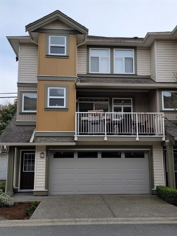 """Main Photo: 8 5623 TESKEY Way in Chilliwack: Promontory Townhouse for sale in """"WISTERIA HEIGHTS"""" (Sardis)  : MLS®# R2555897"""