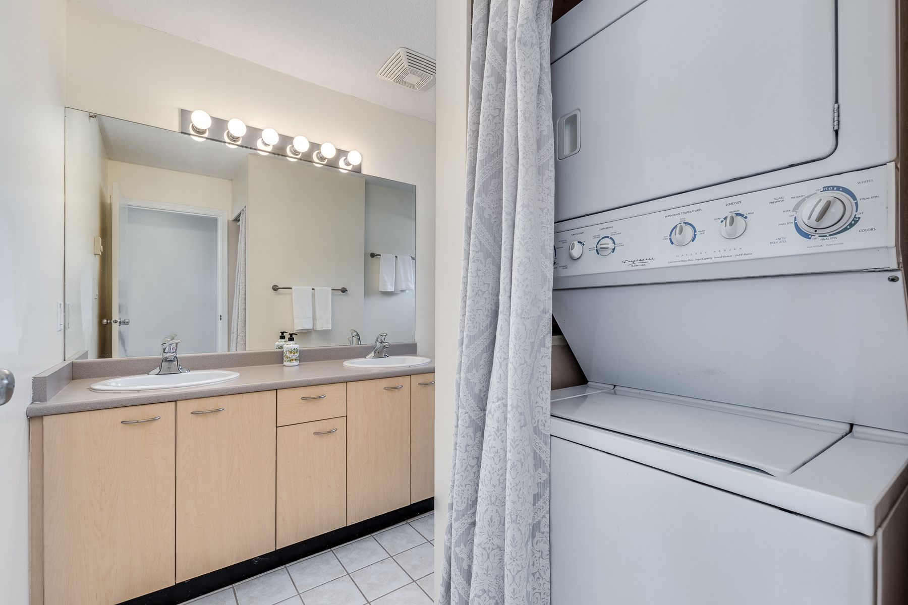 Photo 21: Photos: 7-2389 Charles St in Vancouver: Grandview Woodland Townhouse for sale (Vancouver East)