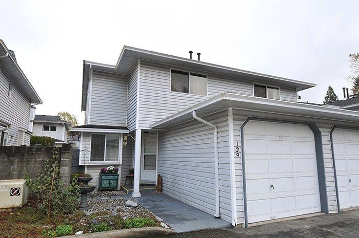 "Main Photo: 129 11255 HARRISON Street in Maple Ridge: East Central 1/2 Duplex for sale in ""RIVERHEIGHTS"" : MLS®# R2013476"