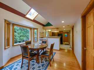 Photo 8: 415 WHALETOWN ROAD in CORTES ISLAND: Isl Cortes Island House for sale (Islands)  : MLS®# 783460