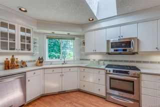 Photo 8: 2477 Prospector Way in Langford: La Florence Lake House for sale : MLS®# 844513
