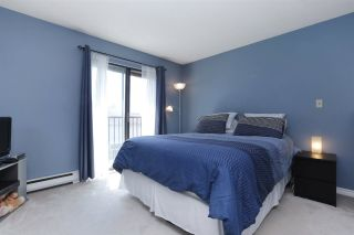 Photo 6: 155 W 20TH Street in North Vancouver: Central Lonsdale Townhouse for sale : MLS®# R2187560